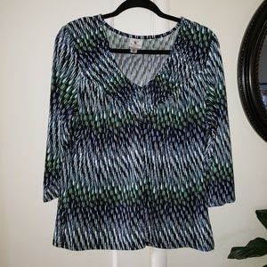 Worthington Stretch 3/4 sleeve v-neck blouse